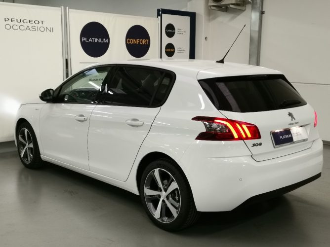 Peugeot 308 2a serie STYLE Ø 1.5 HDI 130 5p 27