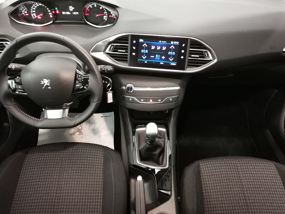 Peugeot 308 2a serie STYLE Ø 1.5 HDI 130 5p