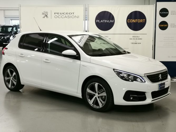 Peugeot 308 2a serie STYLE Ø 1.5 HDI 130 5p 26