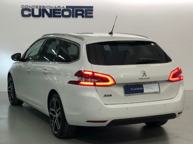 Peugeot 308 2a serie Allure 1.6 HDi 120 SW EAT6 26
