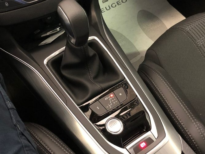 Peugeot 308 2a serie Allure 1.6 HDi 120 SW EAT6 45