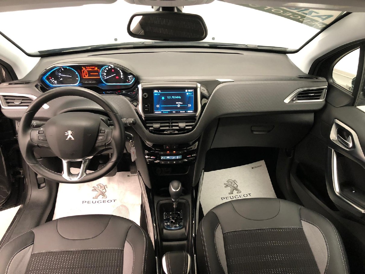 Peugeot 2008 BlueHDi 120 EAT6 S&S Allure