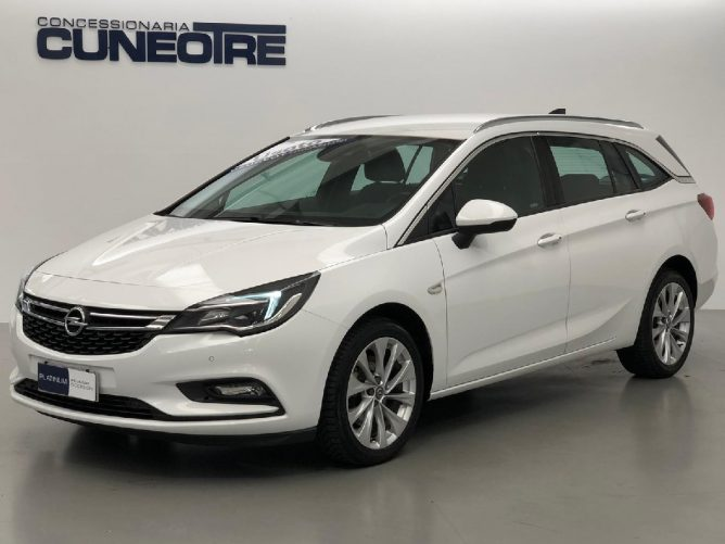 Opel Astra 1.6 CDTi 110CV Start&Stop Sports Tourer Innovation 35