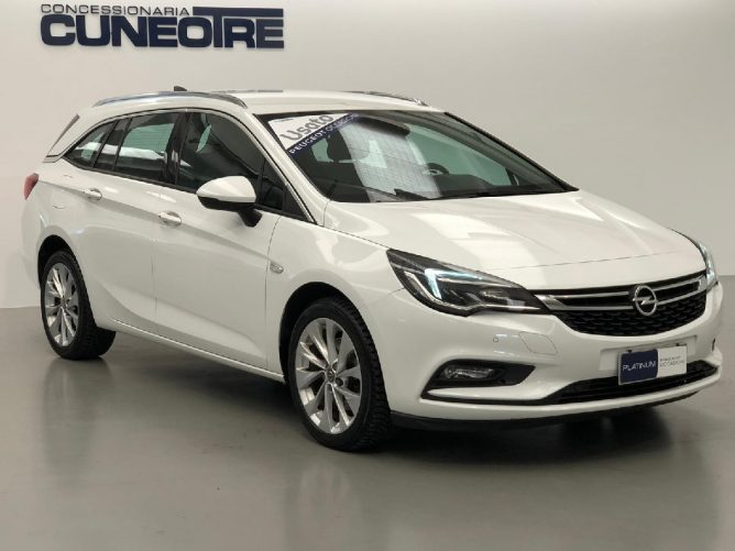 Opel Astra 1.6 CDTi 110CV Start&Stop Sports Tourer Innovation 8